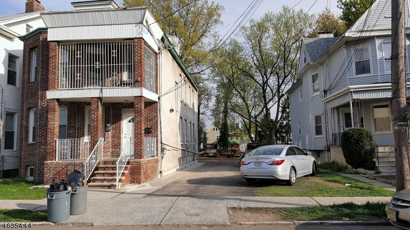 Additional photo for property listing at 126 Elm Street  Elizabeth, Nueva Jersey 07208 Estados Unidos
