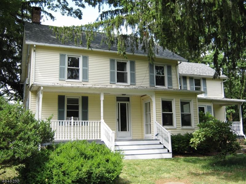 独户住宅 为 销售 在 107 Mooney Road Flanders, 新泽西州 07836 美国