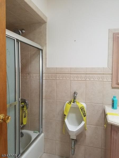 Additional photo for property listing at 37 Passaic Street  Passaic, Nueva Jersey 07055 Estados Unidos