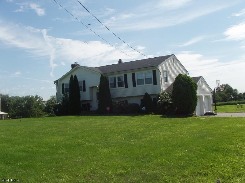 Maison unifamiliale pour l à louer à 578 New Center Road Hillsborough, New Jersey 08844 États-Unis