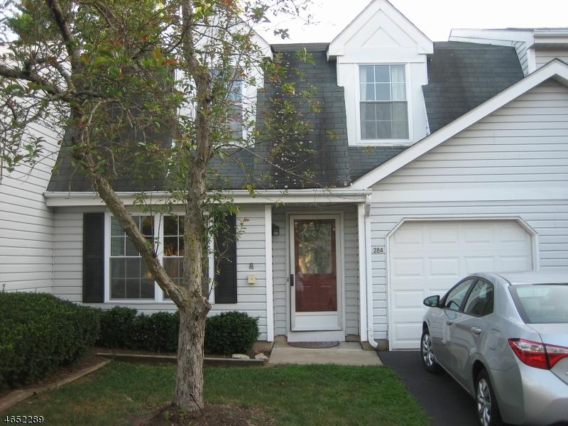 Частный односемейный дом для того Аренда на 284 Hazlitt Way Somerset, 08873 Соединенные Штаты