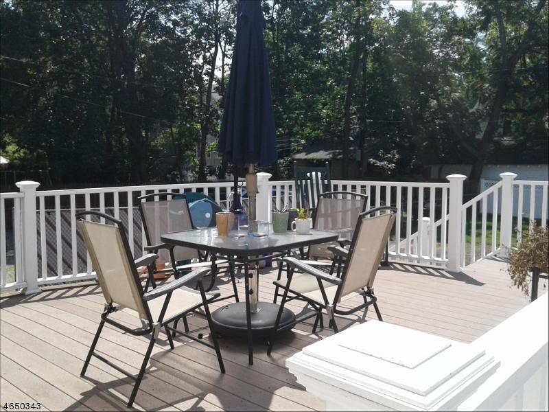Additional photo for property listing at 14 Brookfield Road  Montclair, Nueva Jersey 07043 Estados Unidos
