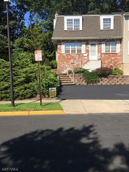 Single Family Home for Sale at 1 Sandra Lane Bloomingdale, New Jersey 07403 United States