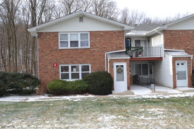 Частный односемейный дом для того Аренда на 680 State Route 15 S, unit Lake Hopatcong, Нью-Джерси 07849 Соединенные Штаты