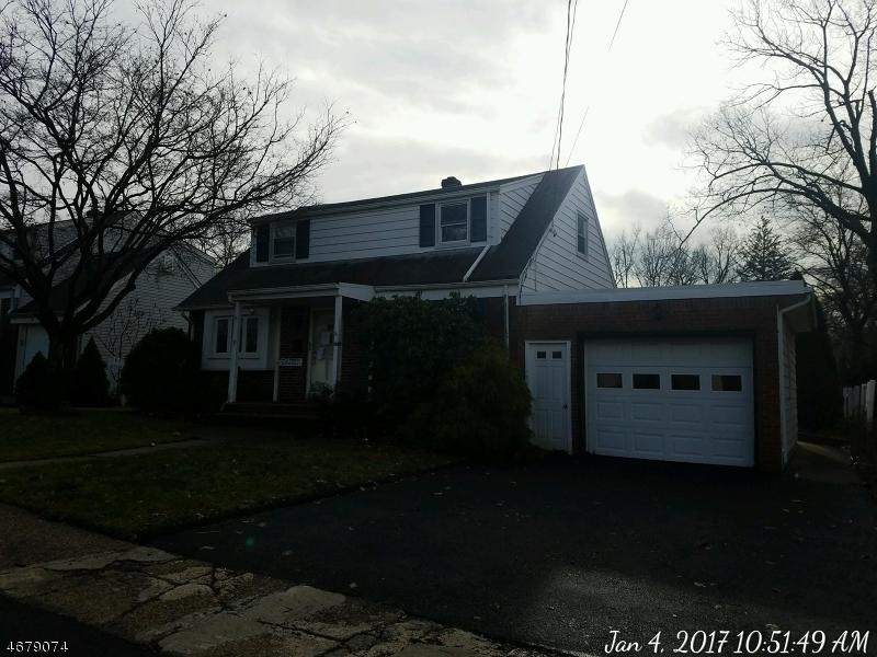 Частный односемейный дом для того Продажа на 13 Blanche Court Dumont, Нью-Джерси 07628 Соединенные Штаты