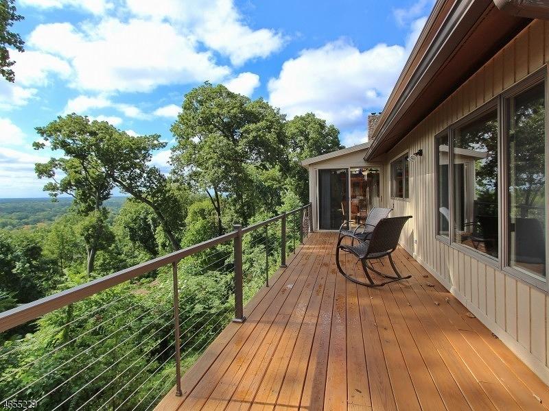 Частный односемейный дом для того Продажа на 2636 Farview Drive Mountainside, 07092 Соединенные Штаты