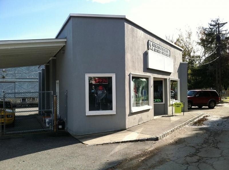 Commercial for Sale at 1 Milk St, Bldg 2 Branchville, New Jersey 07826 United States