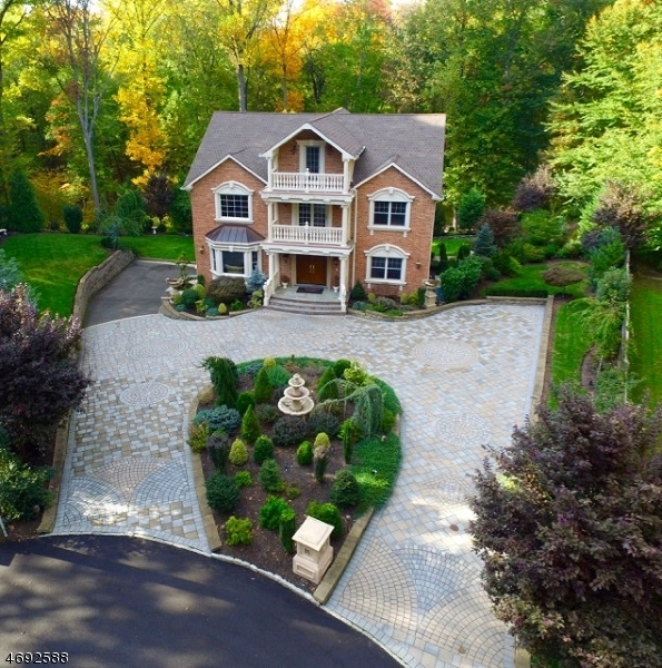 Single Family Home for Sale at 16 Unami Lane Scotch Plains, 07076 United States