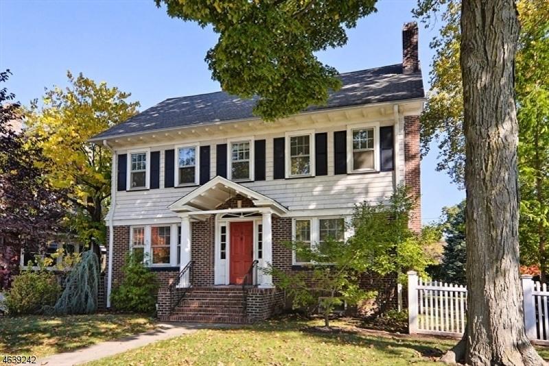 Частный односемейный дом для того Аренда на 5 Ardsley Road Glen Ridge, Нью-Джерси 07028 Соединенные Штаты