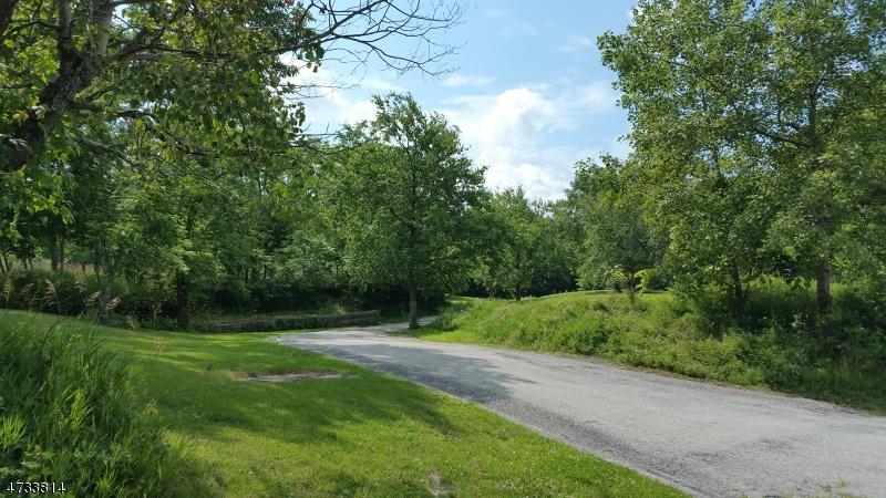 独户住宅 为 销售 在 22 Quarry Road 旺蒂奇, 07461 美国
