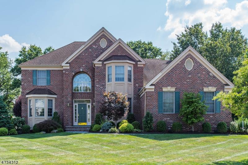 Casa Unifamiliar por un Venta en 20 Ralph Drive Fairfield, Nueva Jersey 07004 Estados Unidos