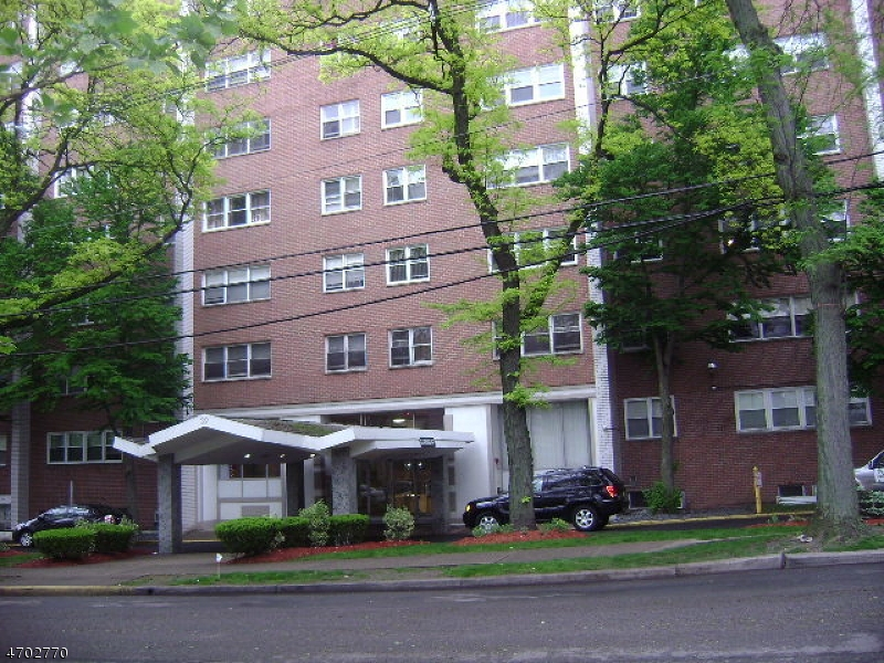 独户住宅 为 出租 在 Address Not Available Paterson, 新泽西州 07514 美国