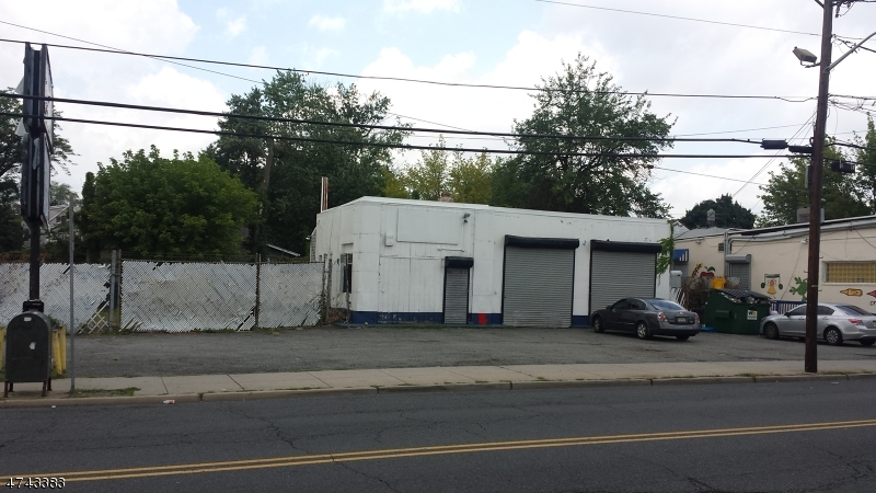 Commercial for Rent at 919 Stuyvesant Avenue Irvington, New Jersey 07111 United States