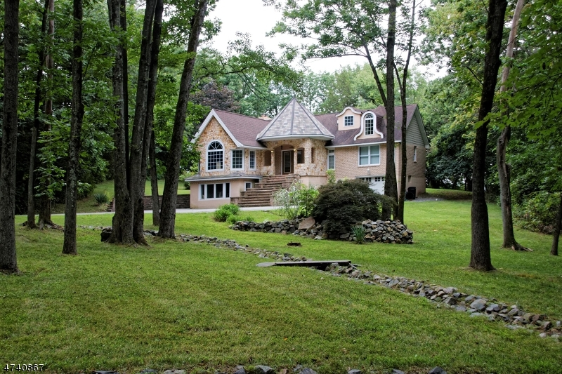 Single Family Home for Rent at 9 Old Jacksonville Road Montville, New Jersey 07082 United States