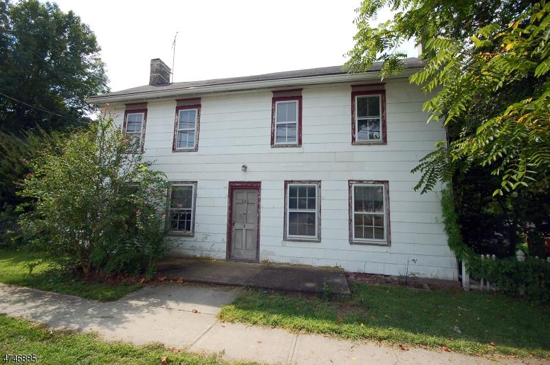 Частный односемейный дом для того Продажа на 428 Old Main Street Franklin, Нью-Джерси 08802 Соединенные Штаты