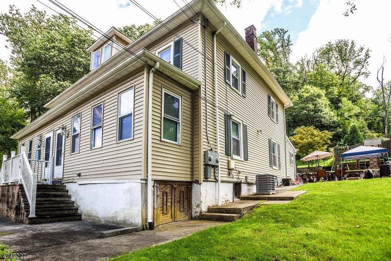 多户住宅 为 销售 在 56 US Highway 46 Mine Hill, 新泽西州 07803 美国