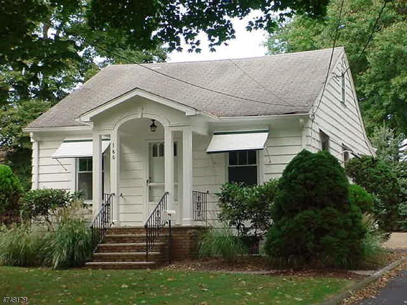 Частный односемейный дом для того Аренда на 160 Weinmanns Blvd Wayne, Нью-Джерси 07470 Соединенные Штаты