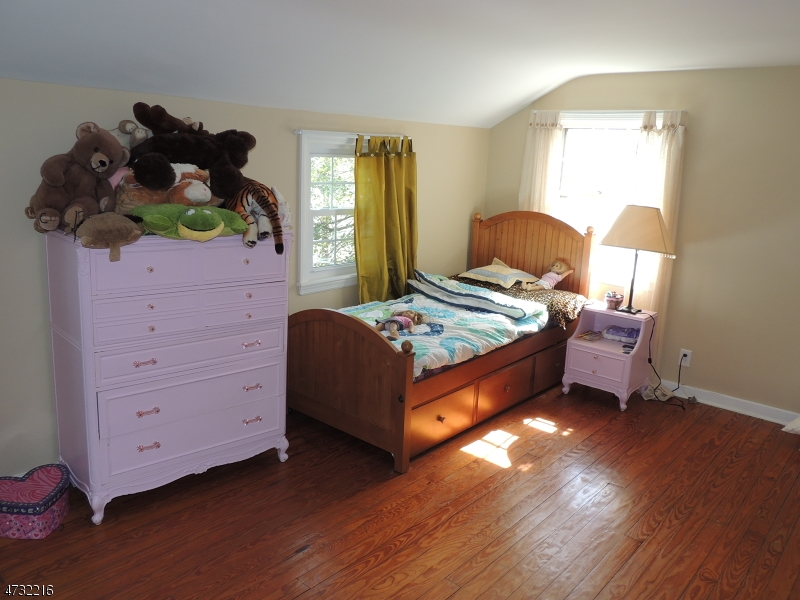 Additional photo for property listing at 70 Lafayette Avenue  Chatham, Нью-Джерси 07928 Соединенные Штаты