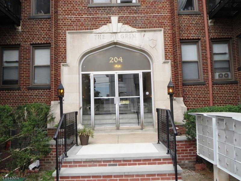 独户住宅 为 出租 在 204 Church Street Boonton, 新泽西州 07005 美国
