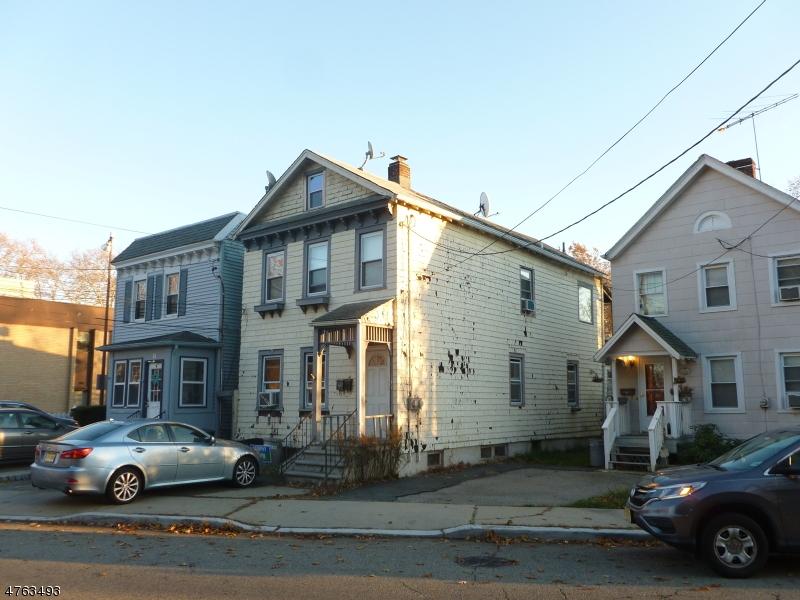 Maison avec plusieurs logements pour l Vente à Address Not Available Glen Ridge, New Jersey 07028 États-Unis