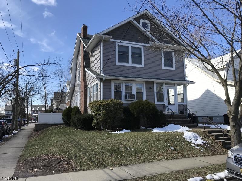 獨棟家庭住宅 為 出售 在 23 Amsterdam Avenue 23 Amsterdam Avenue Passaic, 新澤西州 07055 美國