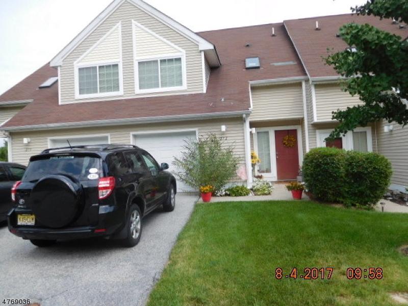 Condo / Townhouse for Sale at 272 Falcon Ridge Way S Hamburg, New Jersey 07419 United States