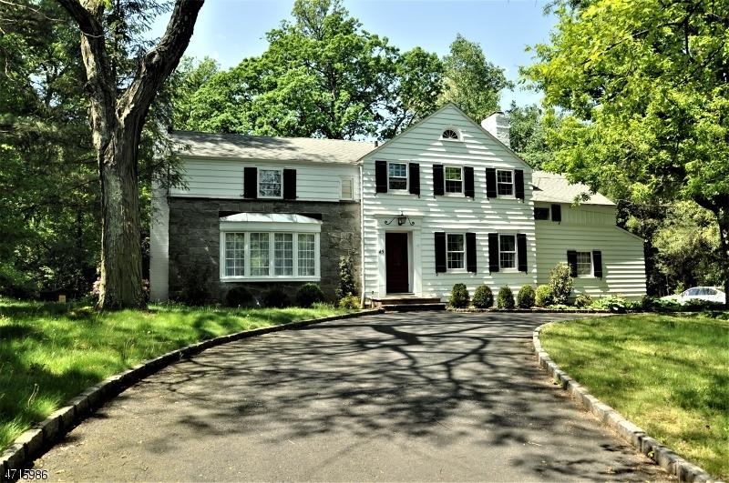 Maison unifamiliale pour l à louer à 45 Great Hills Road Millburn, New Jersey 07078 États-Unis