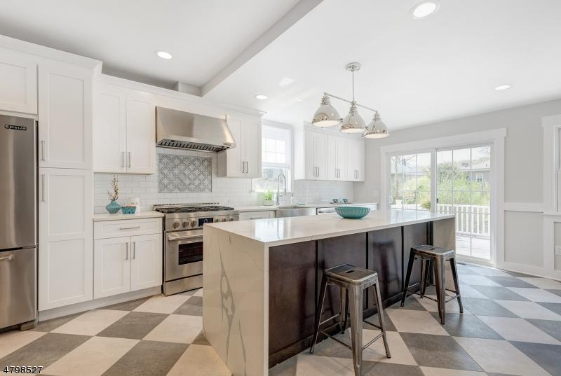 Casa Unifamiliar por un Venta en 59 Burnet Street Maplewood, Nueva Jersey 07040 Estados Unidos