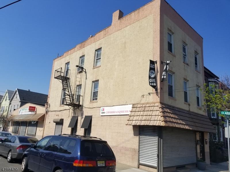 Comercial por un Venta en 264 2nd Street Elizabeth, Nueva Jersey 07206 Estados Unidos