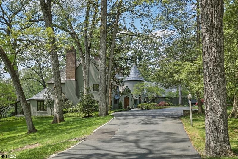 Single Family Home for Sale at 577 VAN BEUREN RD 577 VAN BEUREN RD Harding Township, New Jersey 07976 United States