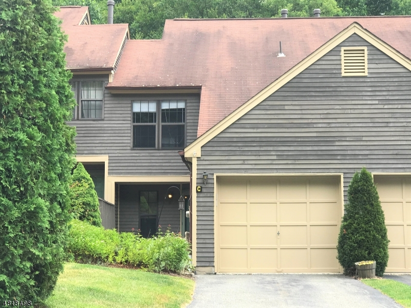 Condo / Townhouse for Rent at 43 LEXINGTON Lane West Milford, New Jersey 07480 United States