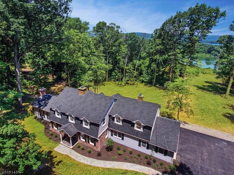 独户住宅 为 销售 在 7 PANORAMA PLACE Union, 新泽西州 08809 美国