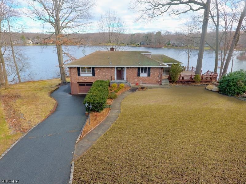 Casa Unifamiliar por un Venta en 5 EVERGREEN TER Kinnelon, Nueva Jersey 07405 Estados Unidos