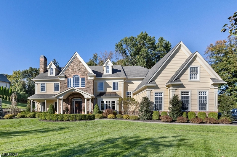 Single Family Home for Sale at 255 GLEN PL 255 GLEN PL Franklin Lakes, New Jersey 07417 United States