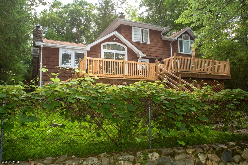 Single Family Homes for Sale at Bloomingdale, New Jersey 07403 United States