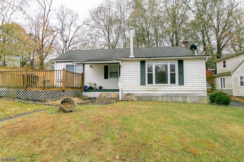 Single Family Homes für Verkauf beim Liberty Township, New Jersey 07823 Vereinigte Staaten