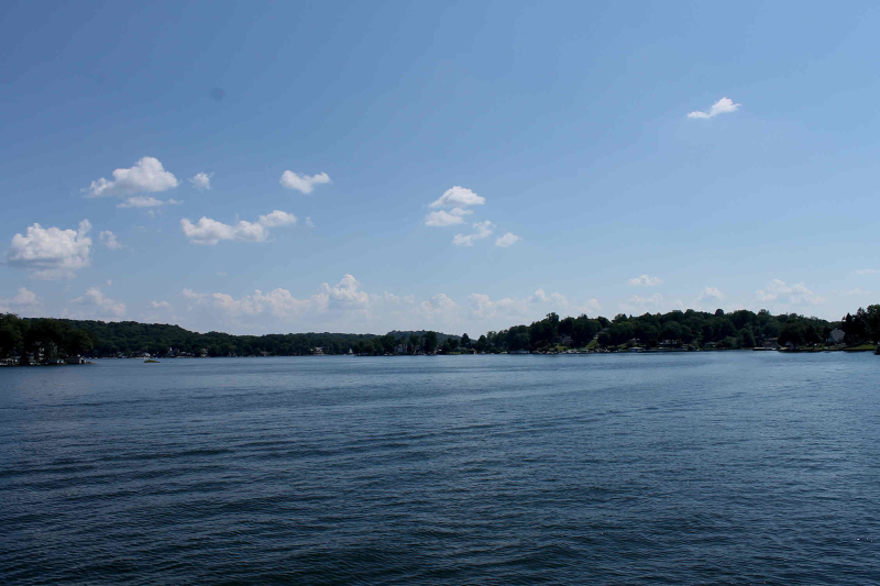 Additional photo for property listing at 221 Lakeside Blvd  Hopatcong, Нью-Джерси 07843 Соединенные Штаты