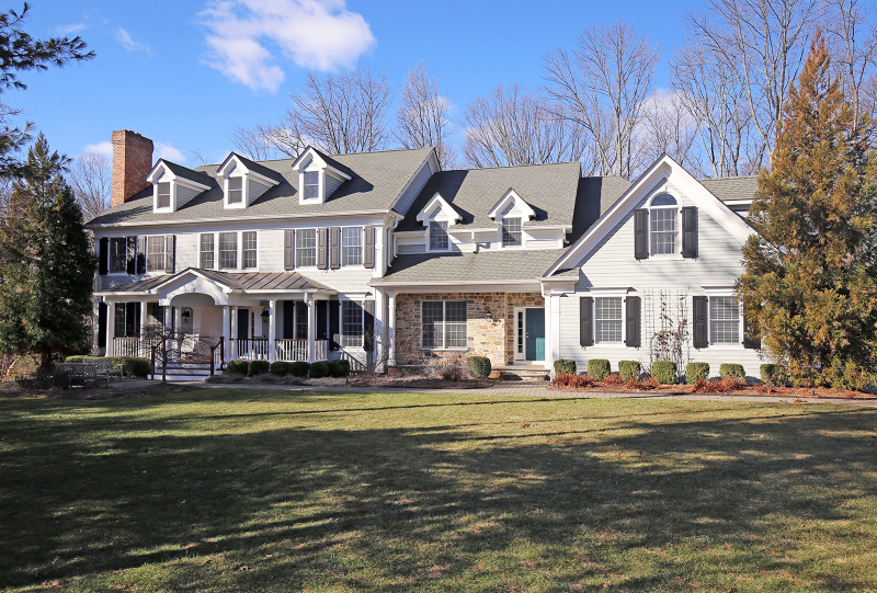 Single Family Home for Sale at 54 Edward Court Basking Ridge, 07920 United States
