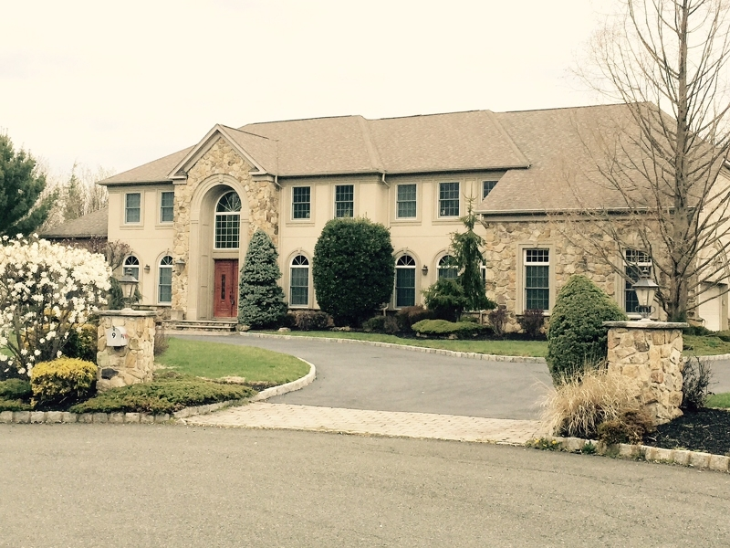 Casa Unifamiliar por un Venta en 9 Carri Farm Court Scotch Plains, Nueva Jersey 07076 Estados Unidos