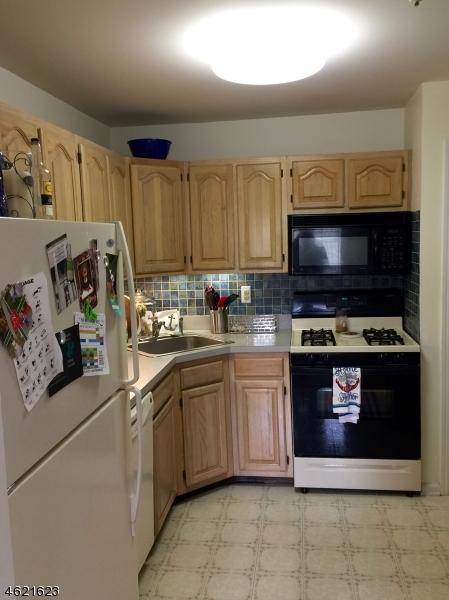 Additional photo for property listing at 59 Brookside Lane  阿灵顿山, 新泽西州 07856 美国