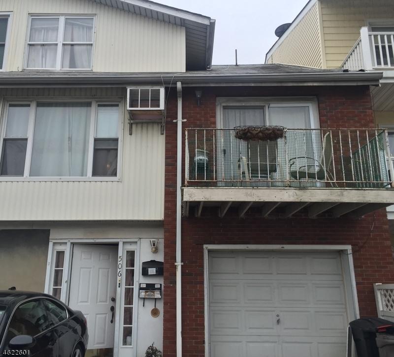 多户住宅 为 销售 在 506 Avenue C Bayonne, 新泽西州 07002 美国