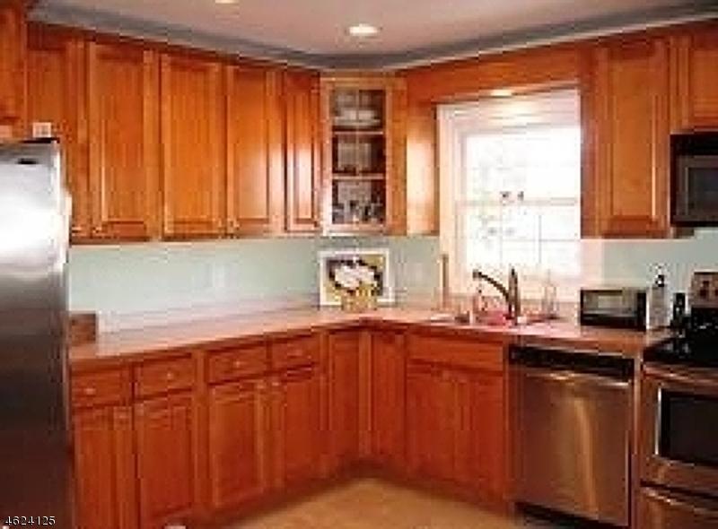 Additional photo for property listing at 7 Ridge Road  Flemington, New Jersey 08822 États-Unis