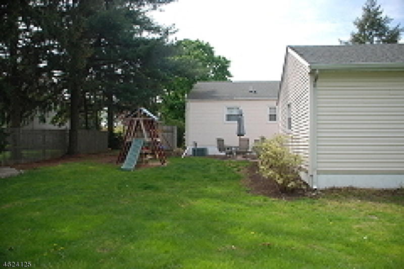 Additional photo for property listing at 7 Ridge Road  Flemington, New Jersey 08822 United States