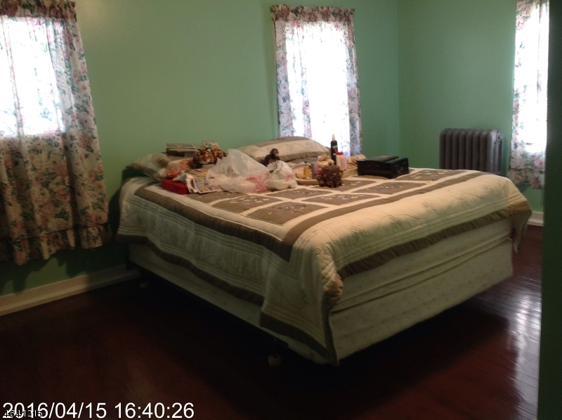 Additional photo for property listing at 62-64 Elliot Street  Newark, New Jersey 07104 États-Unis