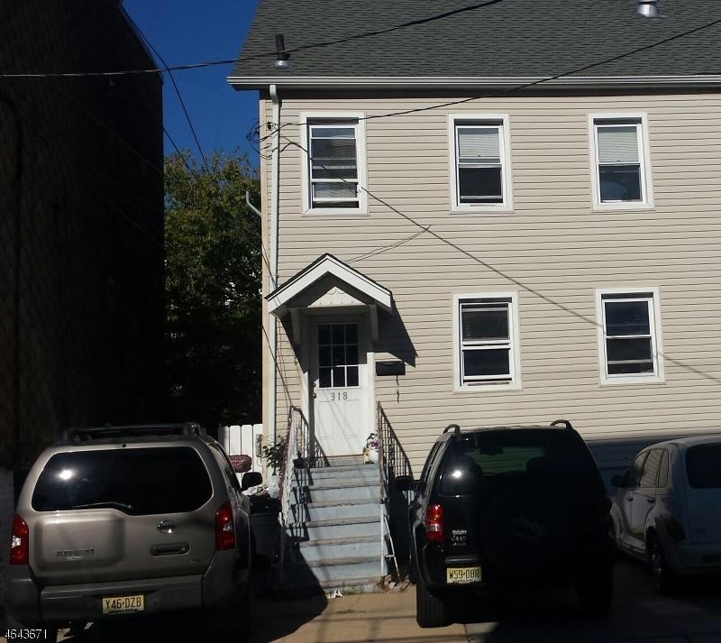 Maison avec plusieurs logements pour l Vente à 318 9th Street Union City, New Jersey 07087 États-Unis