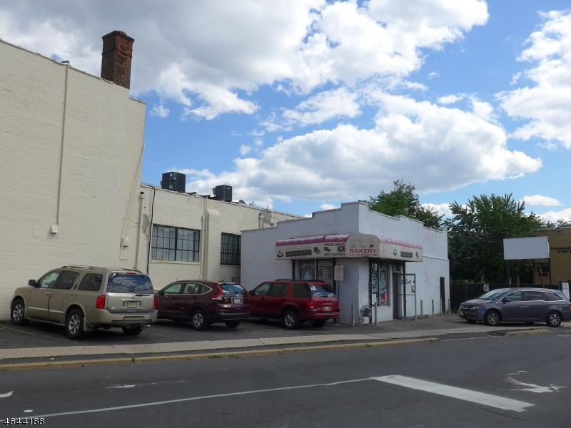 Additional photo for property listing at 6 Ball Street  Irvington, Нью-Джерси 07111 Соединенные Штаты