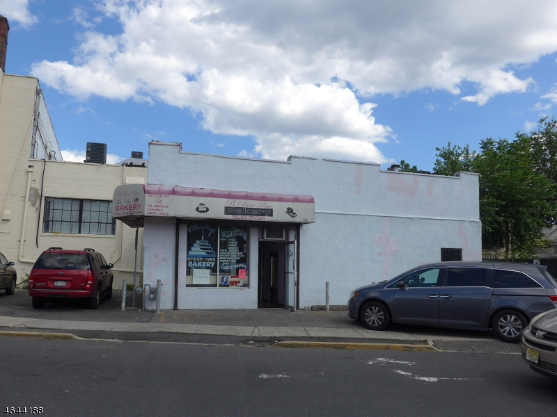 Additional photo for property listing at 6 Ball Street  Irvington, New Jersey 07111 United States