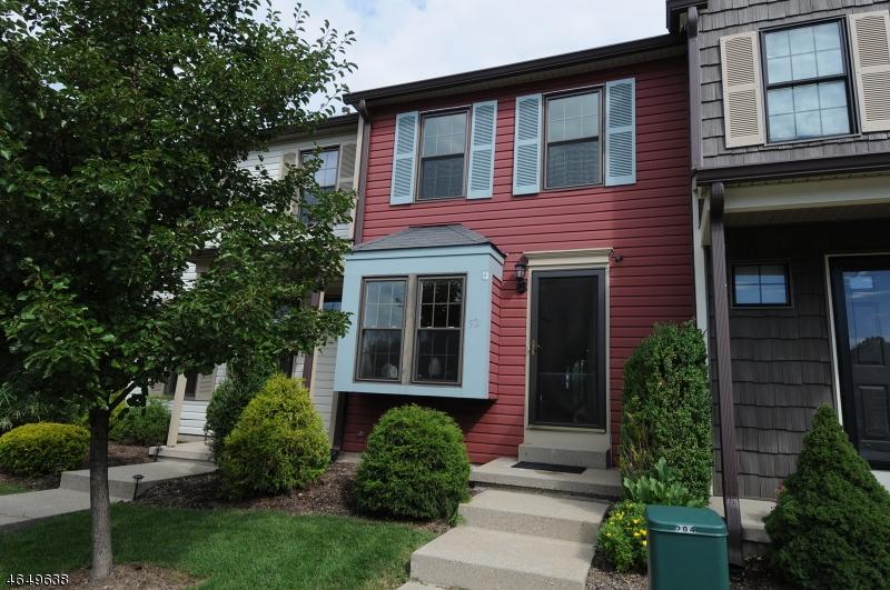 Частный односемейный дом для того Продажа на 52 Wood Duck Court Allamuchy, 07820 Соединенные Штаты