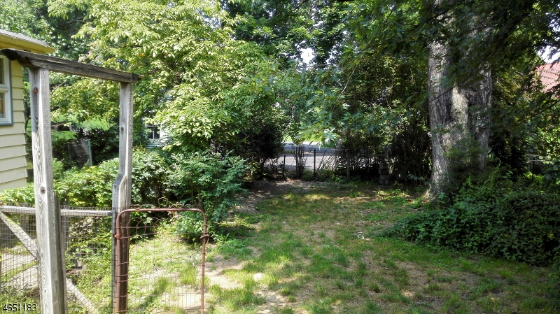 Additional photo for property listing at 130 W Washington Avenue  Washington, Nueva Jersey 07882 Estados Unidos