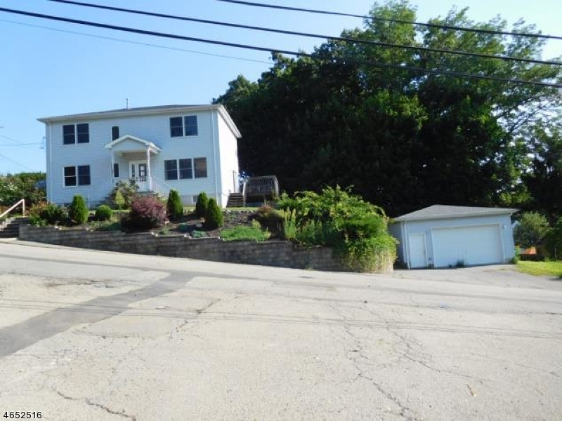 Additional photo for property listing at 8 Mountain Road  Rockaway, New Jersey 07866 United States
